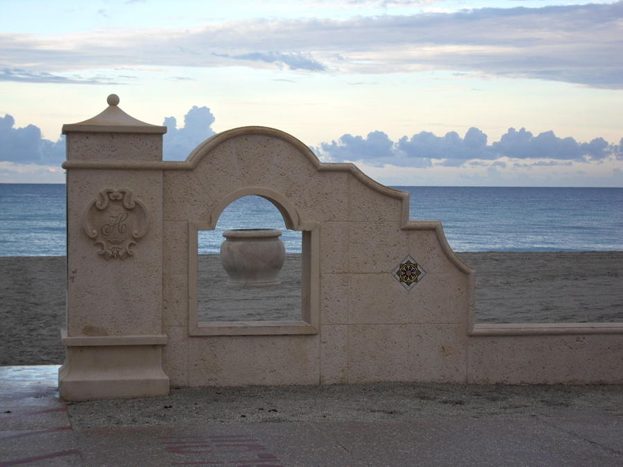 Beach Scene Photograph - Inside The Outside by Val Oconnor