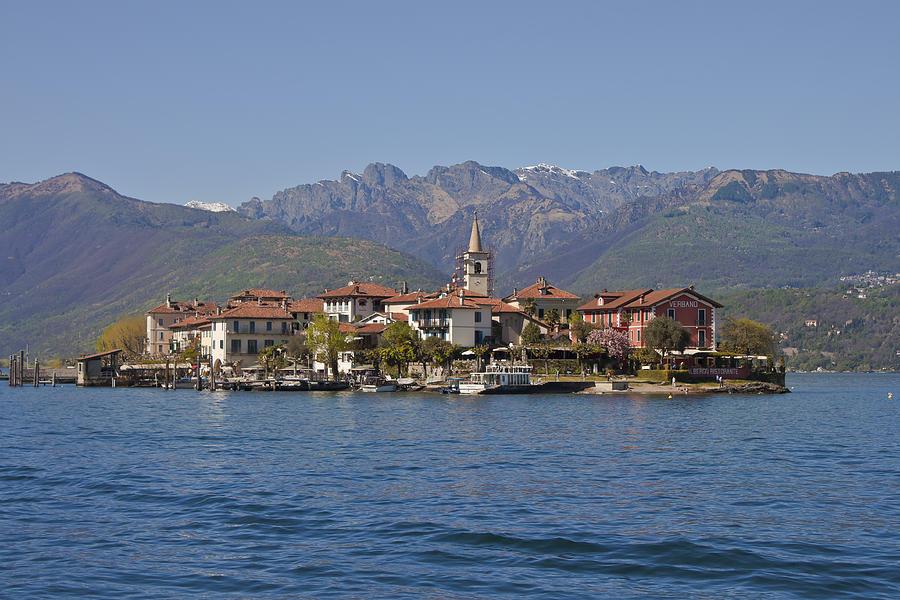 Isola Dei Pescatori Photograph
