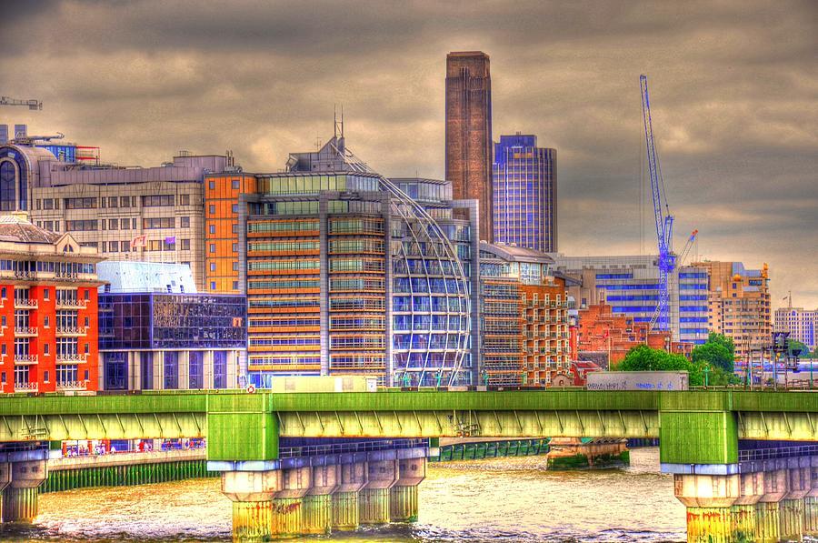 London England  Digital Art - London by Barry R Jones Jr