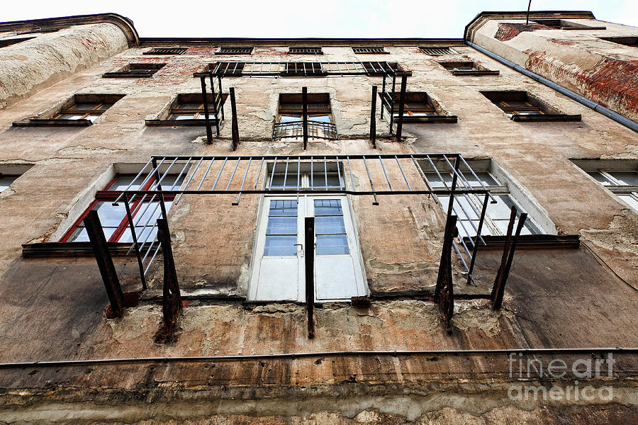 Old Grunge House In Lodz Centre Town Photograph Old Grunge House In Lodz Centre Town Fine Art