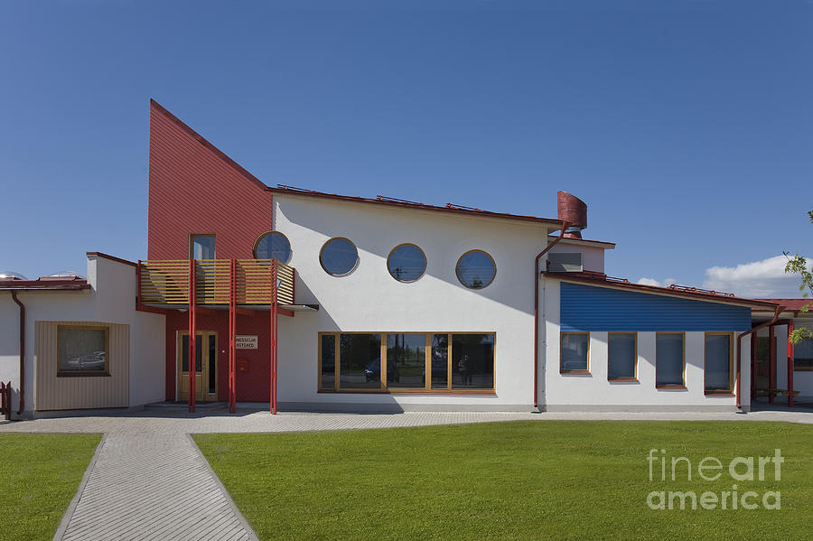 Primary School Building Photograph by Architect Priit ...