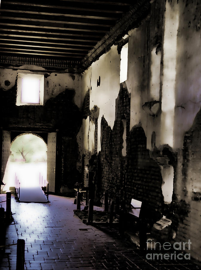 Fine Art Photography Photograph - The Ghostly Nave by Donna Greene