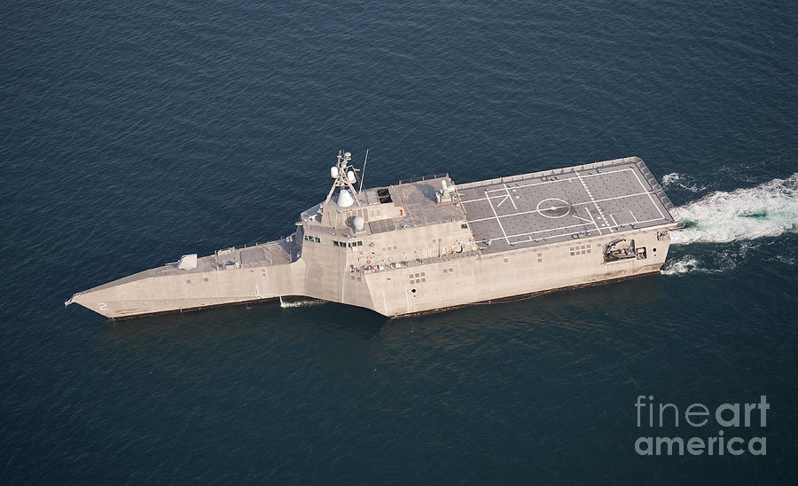 The littoral combat ship uss by stocktrek images