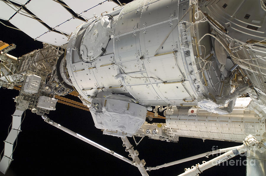 Sts-130 Photograph - The Pressurized Mating Adapter 3 by Stocktrek Images