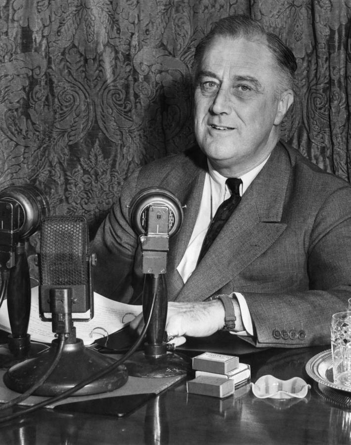 1930s Portraits Photograph - President Franklin D. Roosevelt by Everett