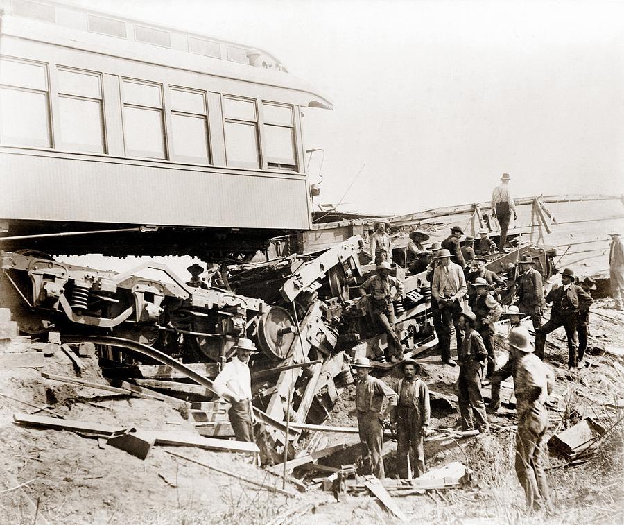 Metrolink Train Crash - Chatsworth, CA | Flickr - Photo ...  |Chatsworth Train Wreck California