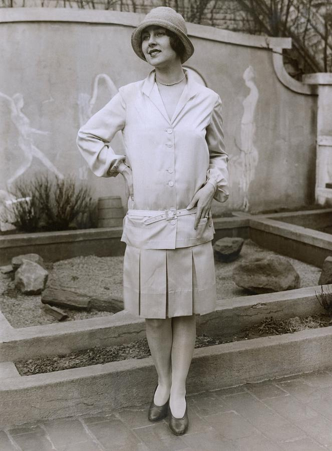 1927 Suit With A Mid-knee Pleated Skirt Photograph