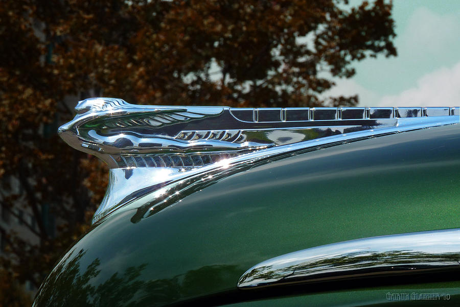 1946-desoto-hood-ornament-garth-glazier.jpg