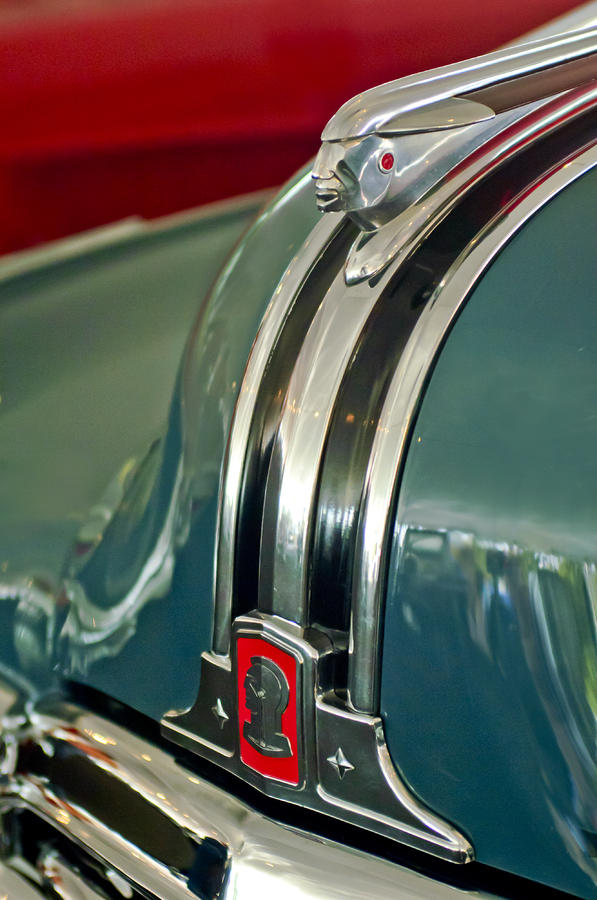 1948 Pontiac Streamliner Woody Wagon Hood Ornament Photograph