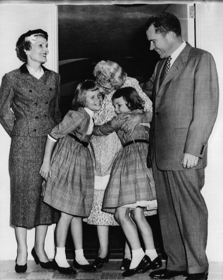 1956 Presidential Campaign, The Nixon Photograph