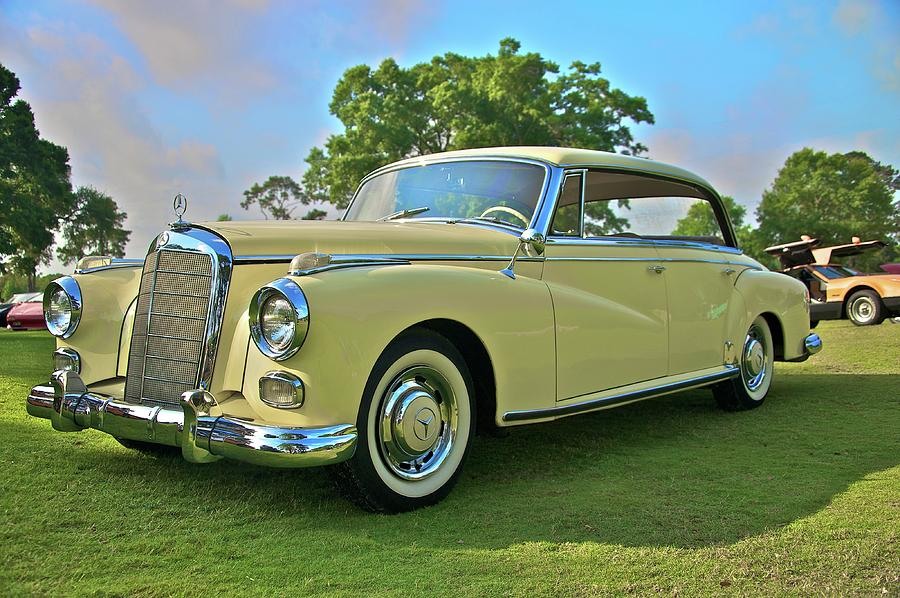 1960 Photograph - 1960 Mercedes 300 Hardtop Sedan by Mike  Capone