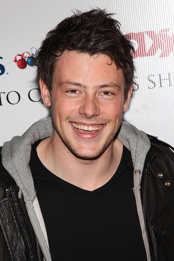 Cory Monteith At In-store Appearance Photograph
