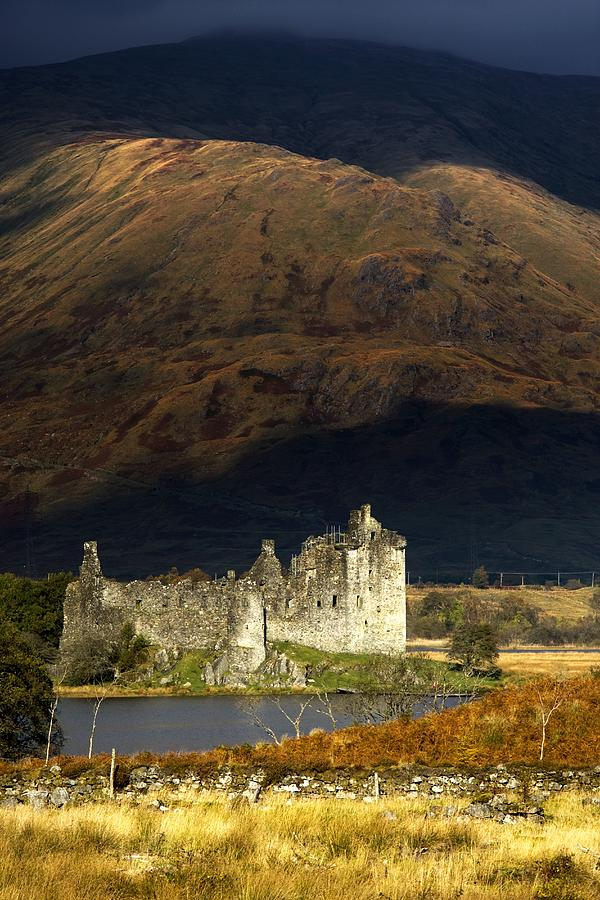Kilchurn Castle, Scotland Photograph  - Kilchurn Castle, Scotland Fine Art Print