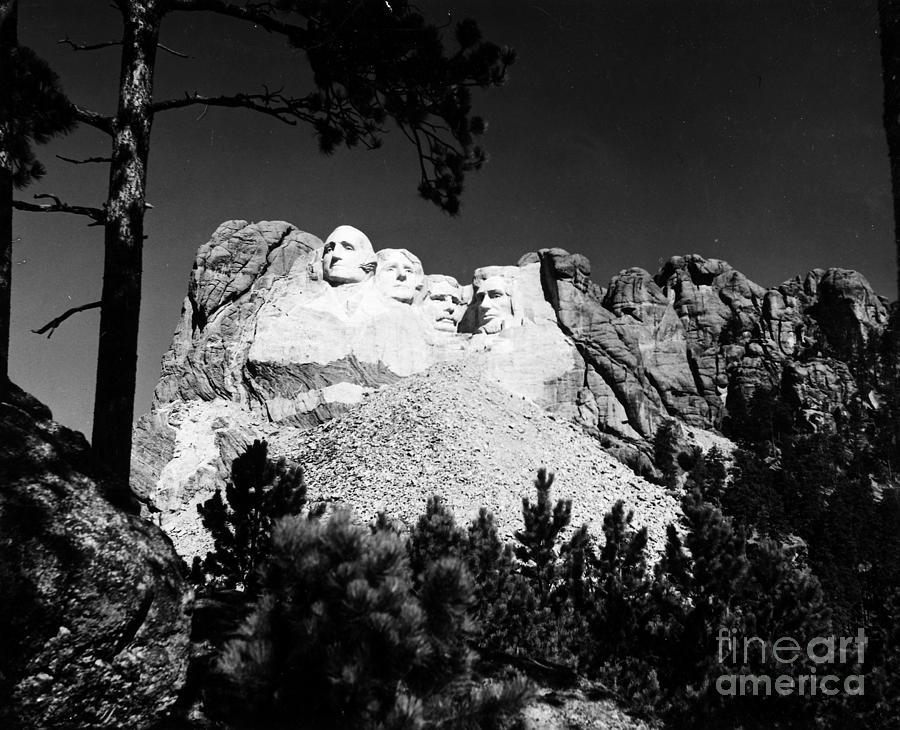 Mount Rushmore Photograph