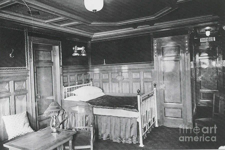 Parlour Suite Of Titanic Ship Photograph