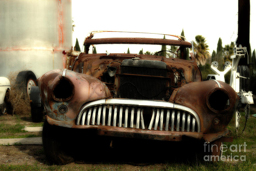 Dreamy Photograph - Rusty Old American Car . 7d10343 by Wingsdomain Art and Photography