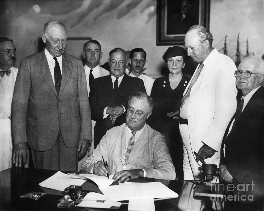 Social Security Act, 1935 Photograph