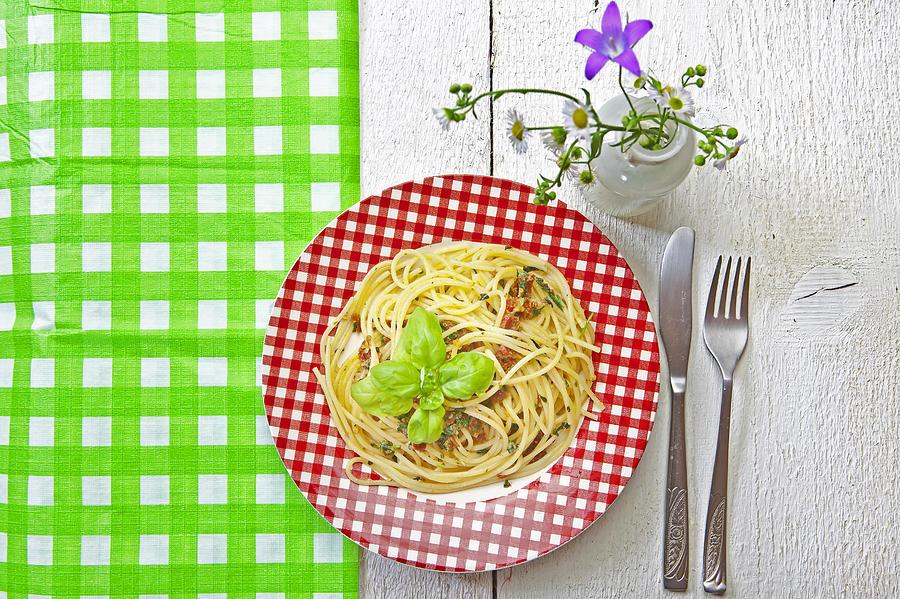 Spaghetti Al Pesto Photograph