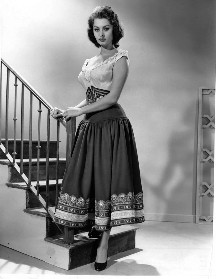 1950s Fashion Photograph - The Pride And The Passion, Sophia by Everett