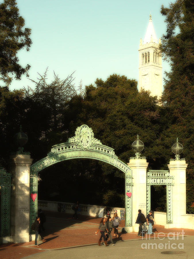 Uc Berkeley . Sproul Plaza . Sather Gate And Sather Tower Campanile . 7d10027 Photograph  - Uc Berkeley . Sproul Plaza . Sather Gate And Sather Tower Campanile . 7d10027 Fine Art Print