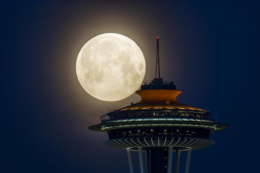 2012 Super Moon Photograph