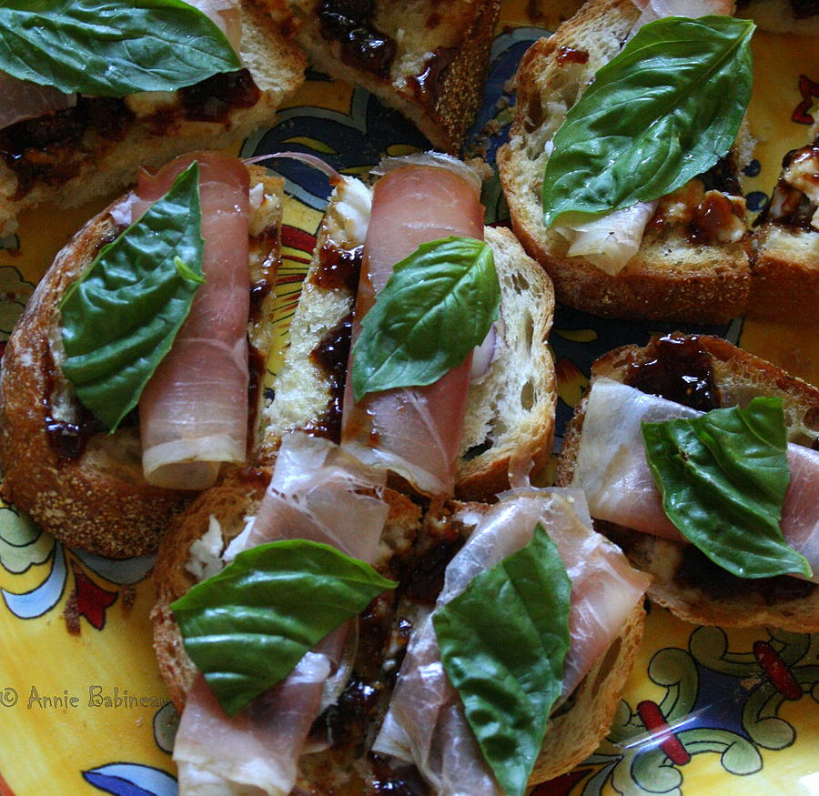 Crostini Photograph - Crostini With Prosciutto Goat Cheese And Fig Jam ...