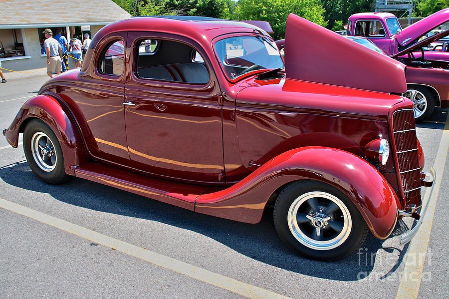... Mark Dodd | Art > Photographs > 1935 Ford Coupe Street Rod Photographs