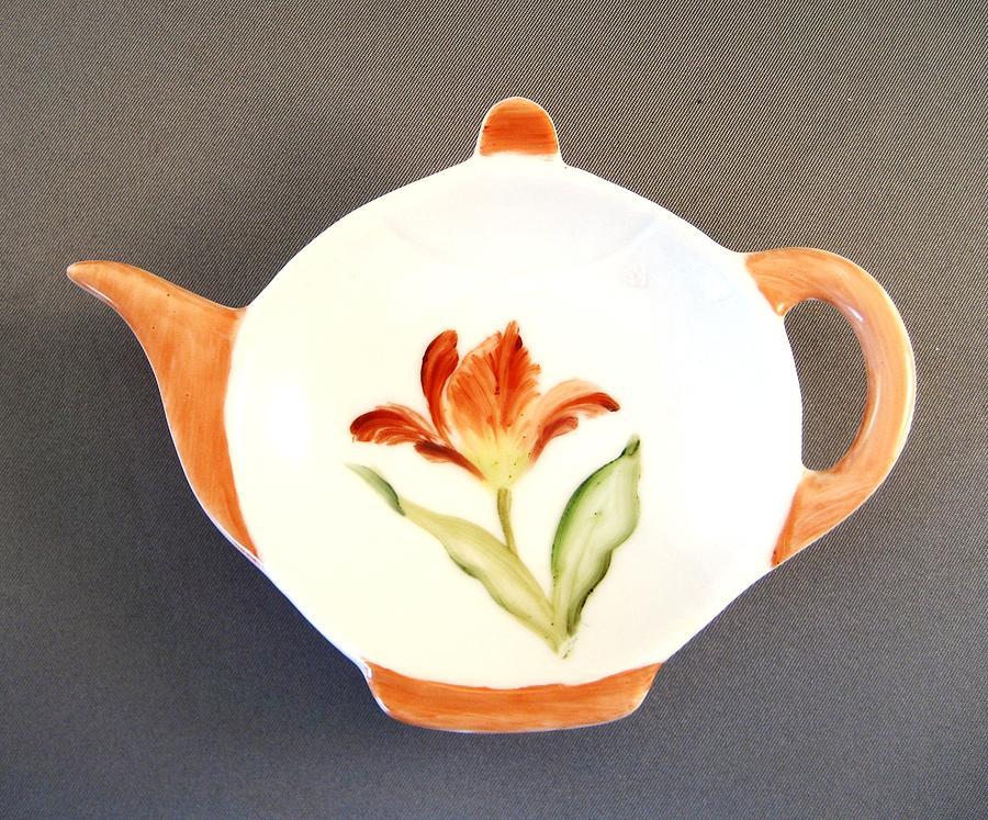 Porcelain Ceramic Art - 365 Teabag Holder Red Tulip  by Wilma Manhardt