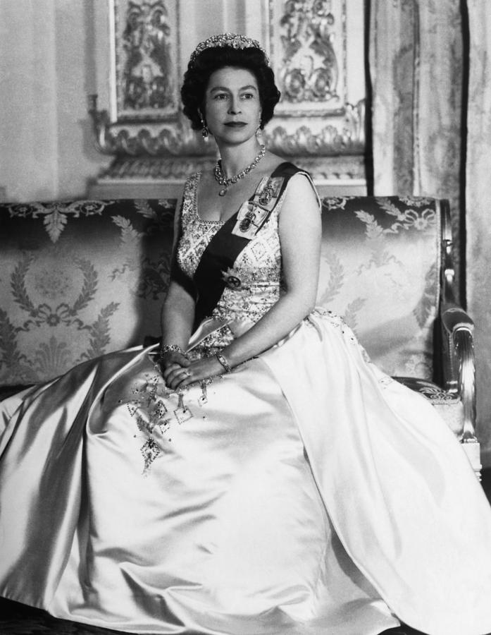 British Royalty. Queen Elizabeth II Photograph  - British Royalty. Queen Elizabeth II Fine Art Print
