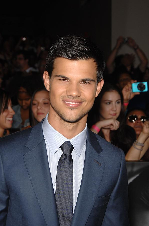 Taylor Lautner At Arrivals Photograph  - Taylor Lautner At Arrivals Fine Art Print
