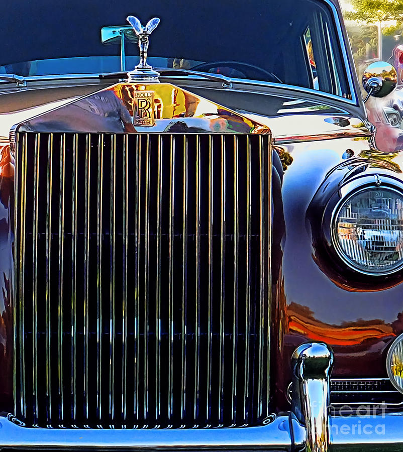 59 Rolls Royce Grill Photograph by Larry Simanzik