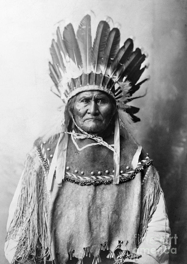 Geronimo (1829-1909) Photograph