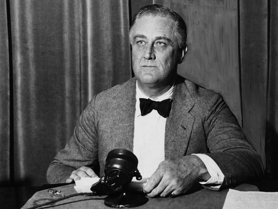 franklin d roosevelt as chief diplomat Theodore roosevelt was franklin roosevelt's distant cousin and an important influence on his career admiral ernest j king as chief of naval operations commanded the navy and marines, while general george c marshall led the army and was in nominal control of the air force, which in.
