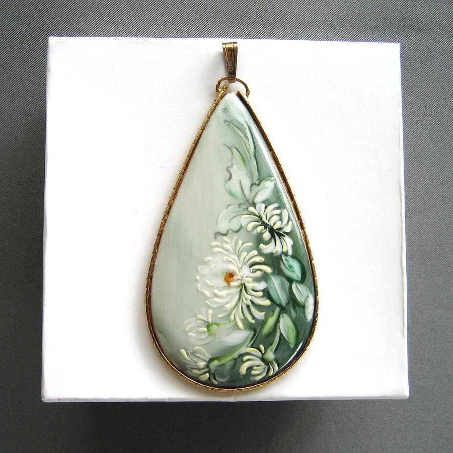 704 Juwelry Pendant Moms Ceramic Art