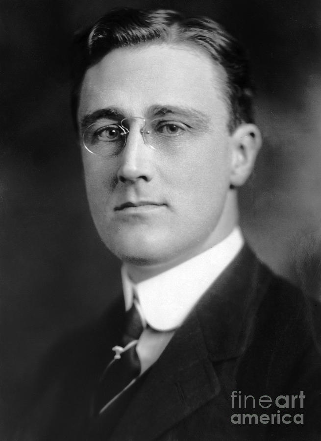 Franklin D Roosevelt Essays