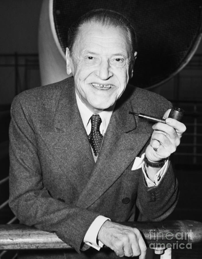 the verger by william somerset maugham essay On this page, i will list available books of criticism and biographies for download or borrowing free of charge of w somerset maugham please visit regularly for update.