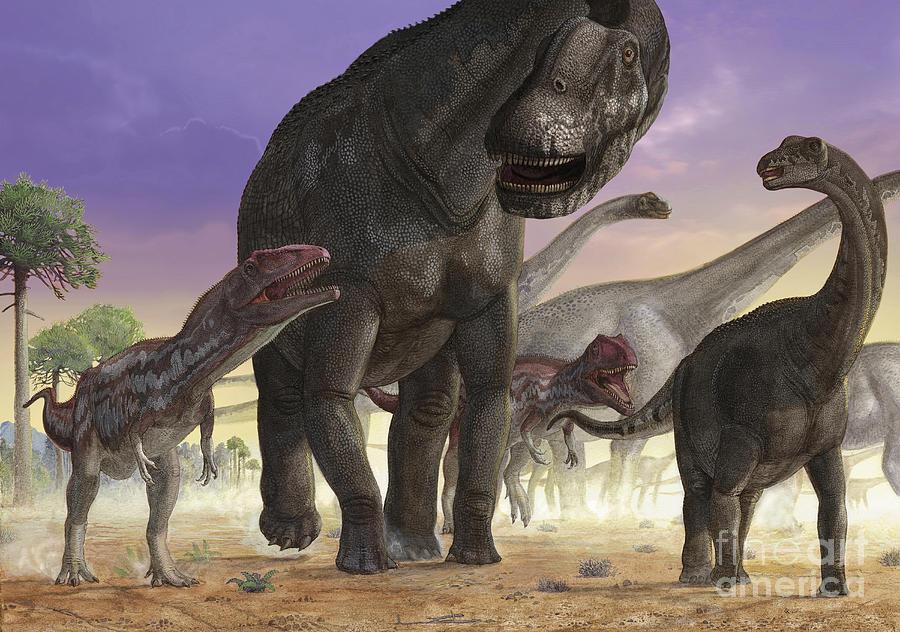 a-couple-of-predator-mapusaurus-try-sergey-krasovskiy.jpg