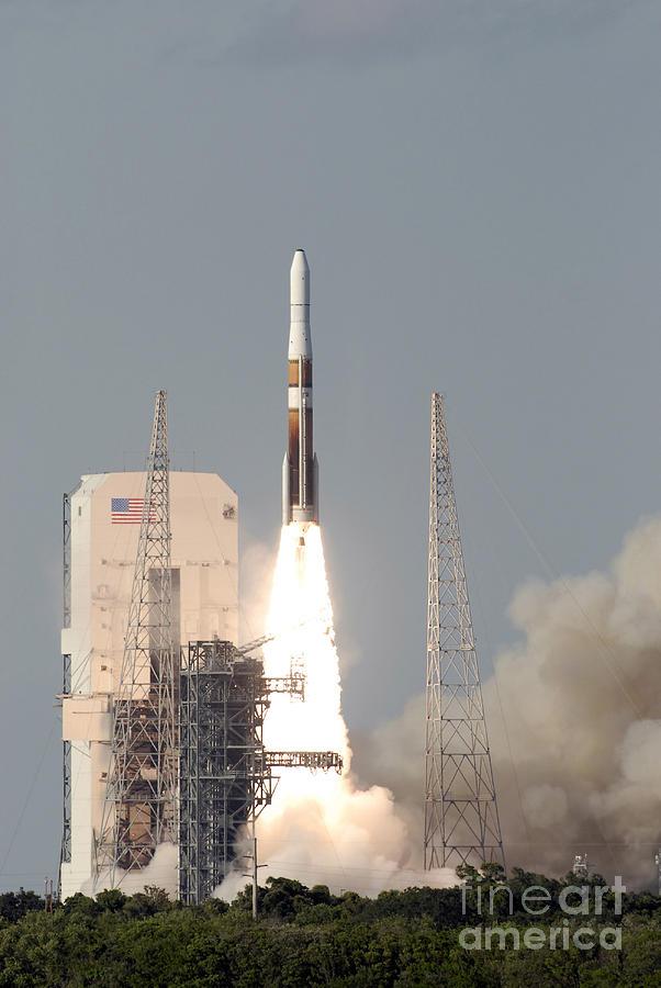 A Delta Iv Rocket Lfits Photograph