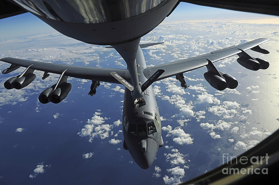 A Kc-135 Stratotanker Aircraft Refuels Photograph