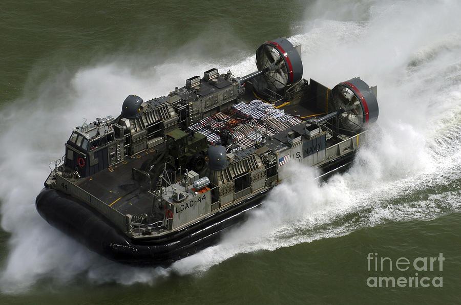 Landing Craft Air Cushion Vehicle En is a photograph by Stocktrek ...