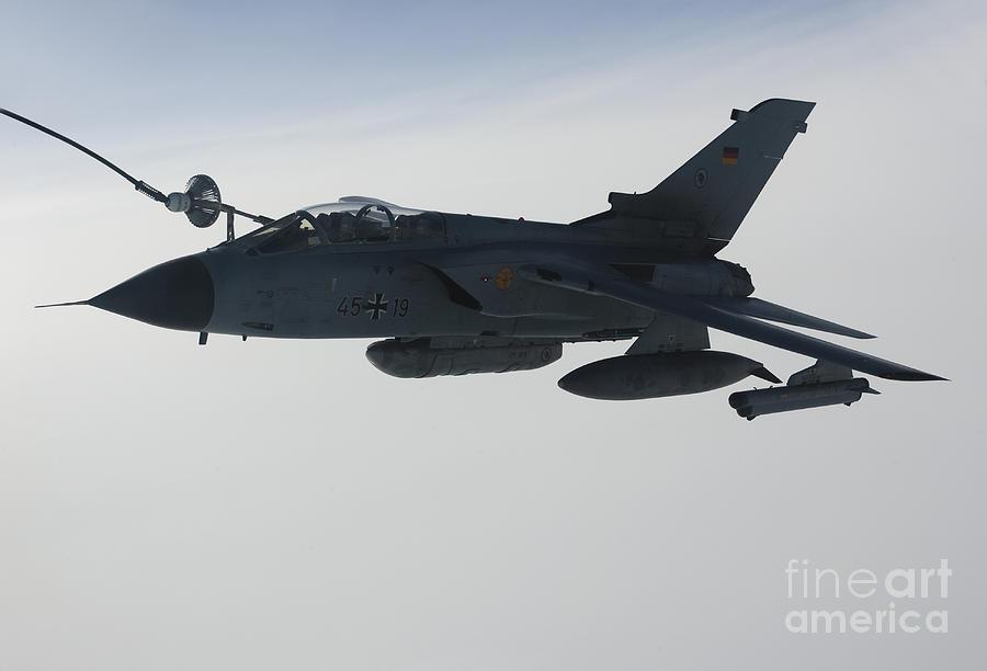 A Luftwaffe Tornado Ids Refueling Photograph