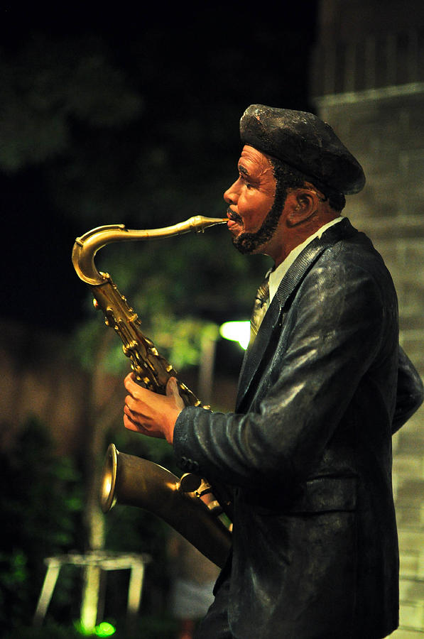 A Man With Saxophone Sculpture