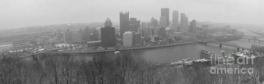 Pittsburgh Pennsylvania Photograph - A Pittsburgh Winter Day by David Bearden