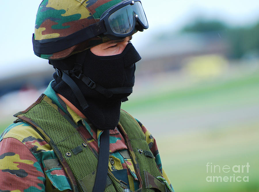 A Soldier Of The Special Forces Group Photograph
