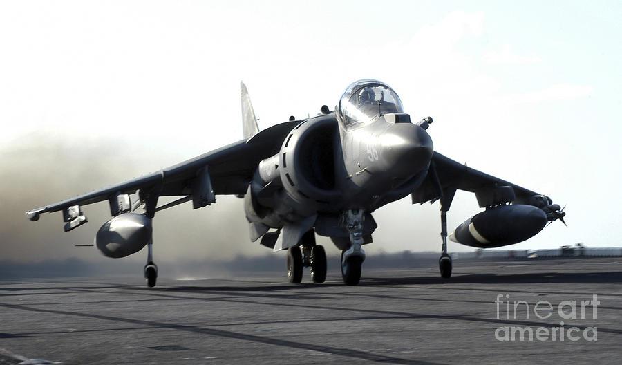 A U.s. Marine Corps Av-8b Harrier Photograph