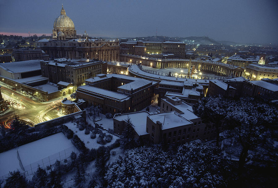 A View Of Vatican City In The Snow.  It Photograph