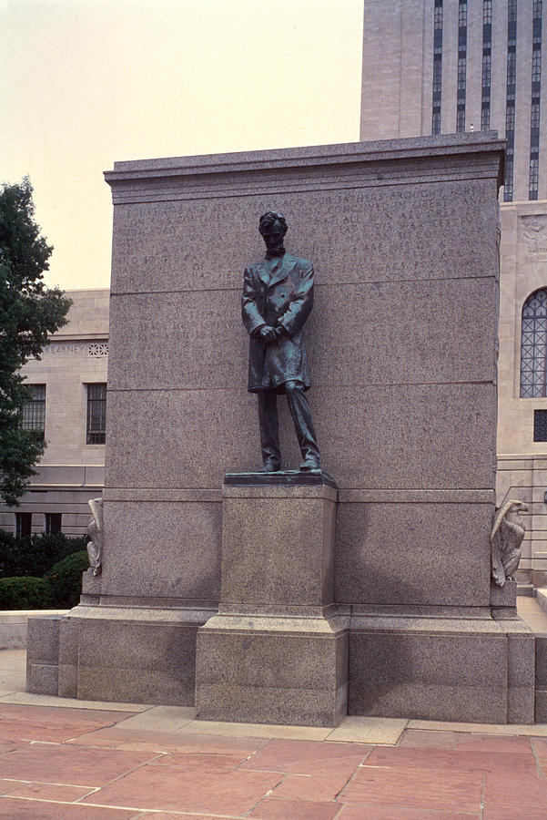 Abraham Lincoln Statue Photograph