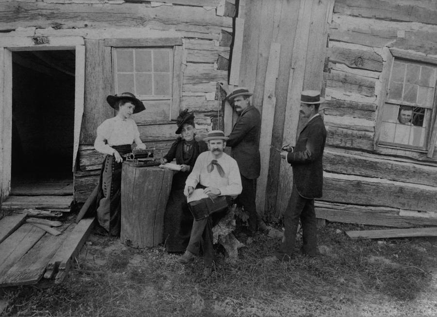 History Photograph - Abraham Lincolns Log Cabin. The Lincoln by Everett