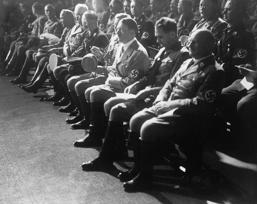 an overview of the history of adolf hitler in the nazi party Part 11 of a complete online histroy, the rise of adolf hitler - from unknown to dictator of germany, at the history place.