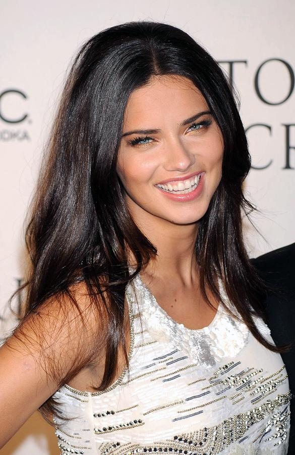 Adriana Lima At Arrivals For 2009 Photograph  - Adriana Lima At Arrivals For 2009 Fine Art Print